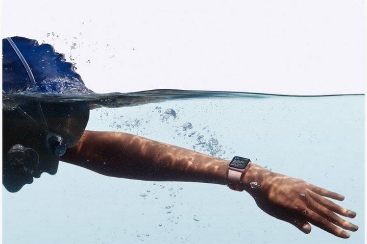 Anuncian Apple Watch Series 2 con GPS y resistente al agua