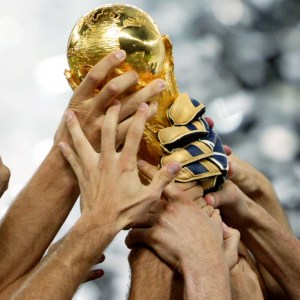 World-Cup-aloft