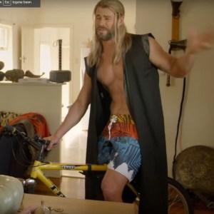 Thor Ragnarok GErizekalı Video
