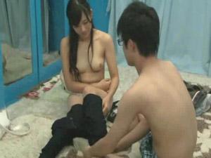 (MM号)男が積極的過ぎてワロタwwwwww 同級生の男女にsexしてもらったwwwwww