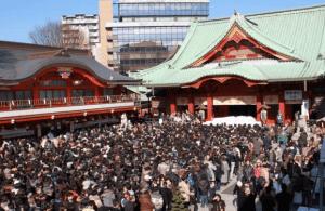 初詣東京おすすめ神社人気ランキング第4位の神田明神の初詣の様子