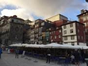 Les maisons chamarées de la Ribeira