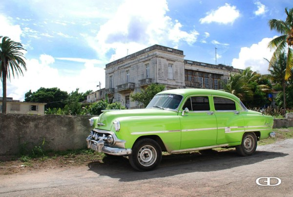 Sunny Streets in Cuba