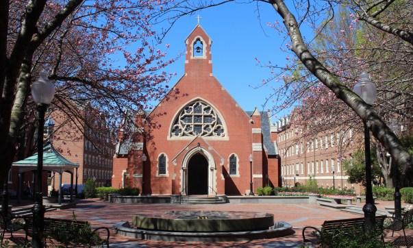 Dahlgren Chapel of the Sacred Heart, Georgetown University (Photo: Brooke Dudek/The Georgetown Voice)