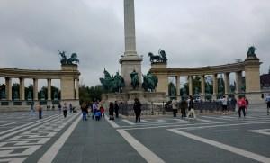 Looking towards the Memorial.