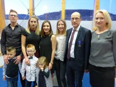 Pascal Weingertner ici en famille avec son épouse et ses enfants et petits-enfants