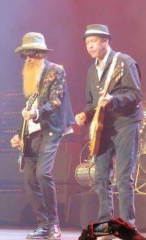 Avec Billy Gibbons à la guitare