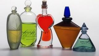 使わない香水の活用法や使い道は?捨て方や他の利用法についても!
