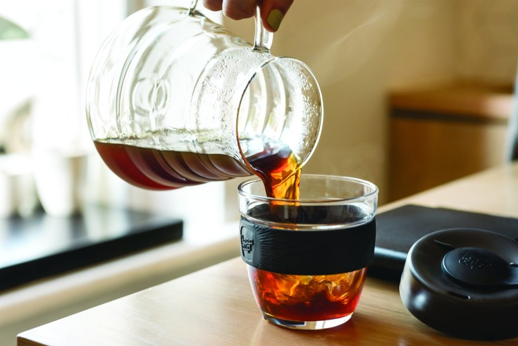 keepcup-brew-pouring-2