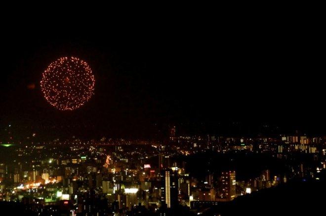 hiroshima-port-fireworks-from-ushita-yama-05