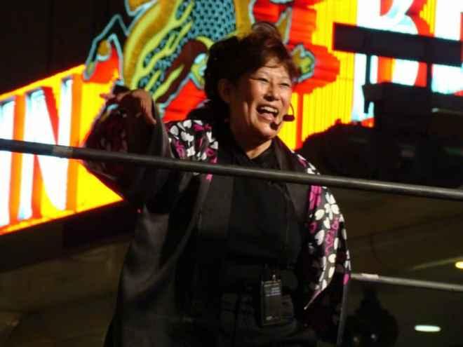 Dance performance on Chuo-dori during the Toukasan Yukata Festival