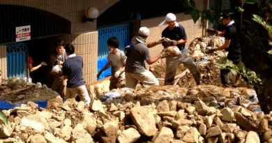 landslide relief volunteer