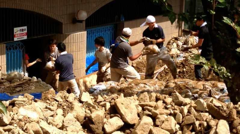 landslide relief volunteer