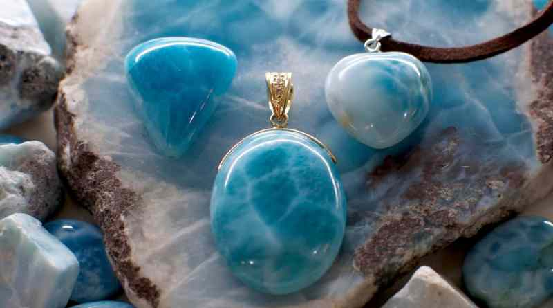 Beautiful Larimar stone jewelry at 芙蓉蓝 in 广岛, 日本