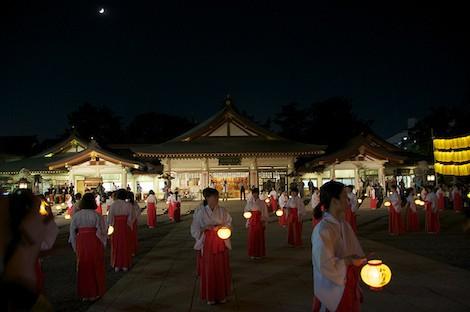 hiroshima gokoku shrine mantou mitama festival