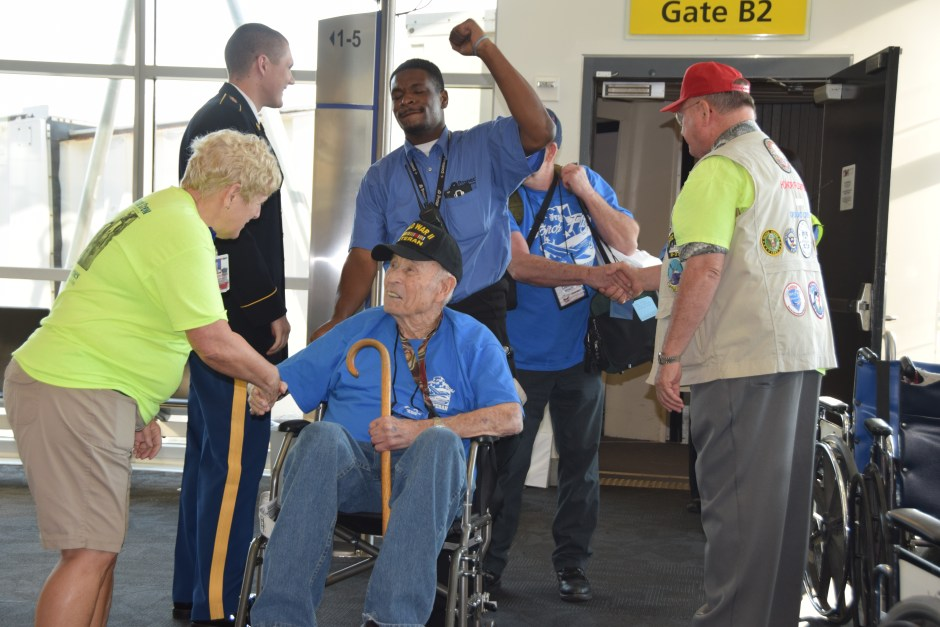 Utah Honor Flight Arriving at BWI