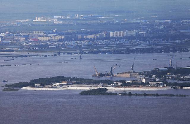 берегу реки Амур хабаровск