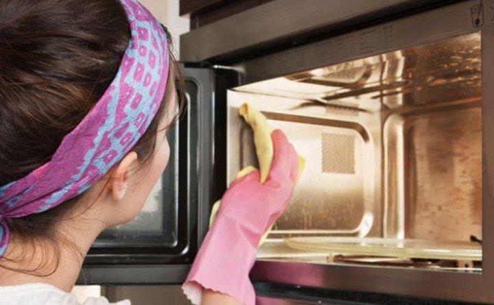 микроволновая печь всегда была чистая