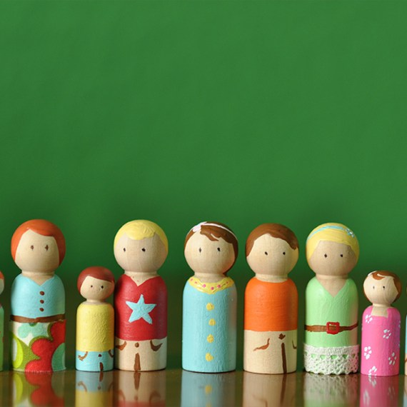 wood_dolls