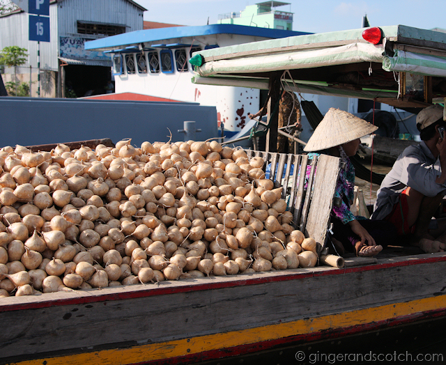 Mekong - Floating Market 3