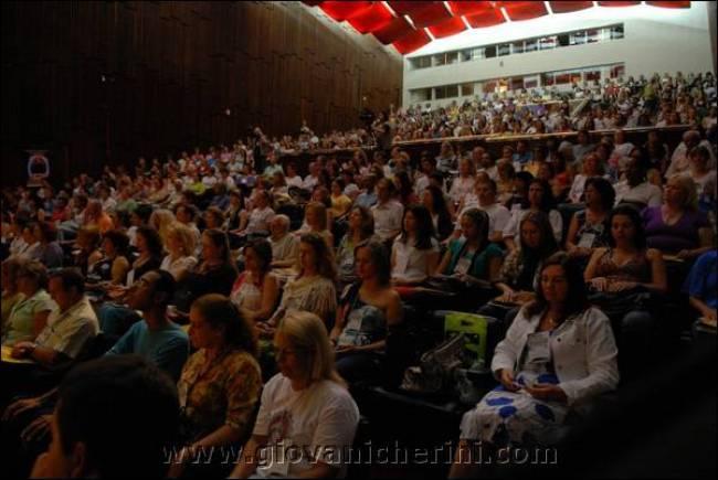 4-Encontro-Estadual-Terapeutas-Profissionais-Holisticos-porto-alegre (48)