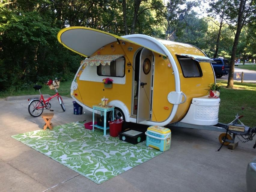 This beautiful trailer belonging to Girl Camper Crystal from Indiana reflects the personalization that make them a Girl Camper Favorite.