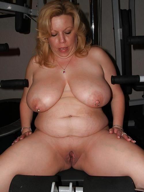 mature huge tits tight shirt