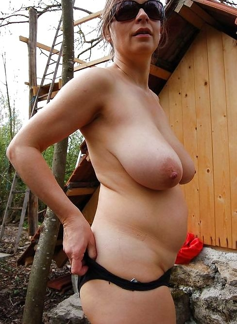 beautiful mature saggy tits big nipples