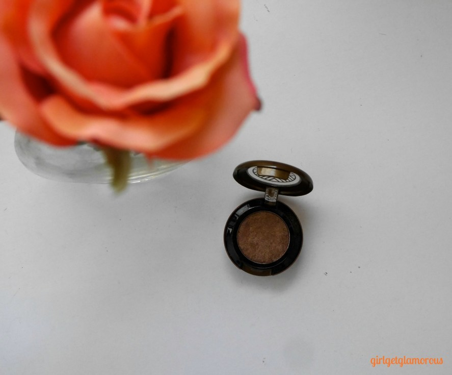 mac-tempting-best-top-most-universally-flattering-eyeshadow-shade-color-blondes-brunettes-redheads-blue-green-brown-eyes-beauty-blog-blogger-los-angeles.jpeg
