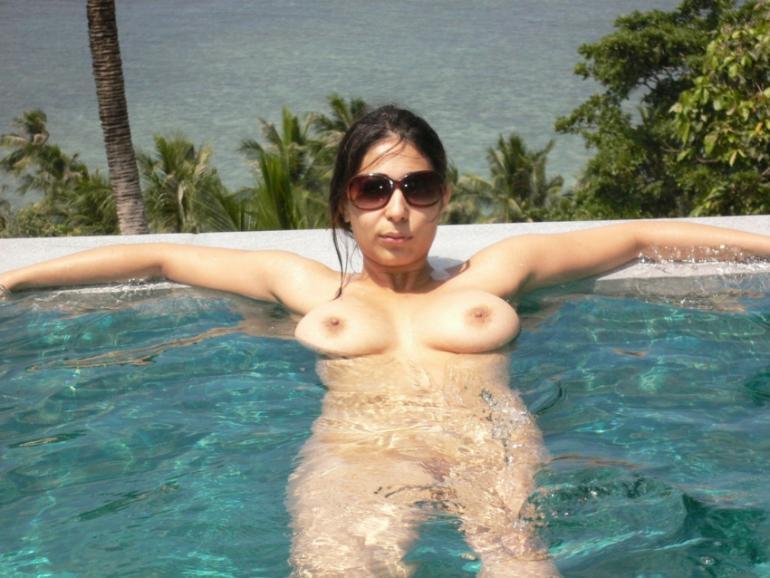 girlfriend topless sunbathing