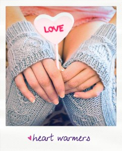 heart warmers fingerless gloves and leg warmers heart cable knitting pattern