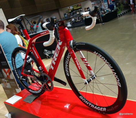 Stunning race shop Madone 9 series - looks even better in real life!