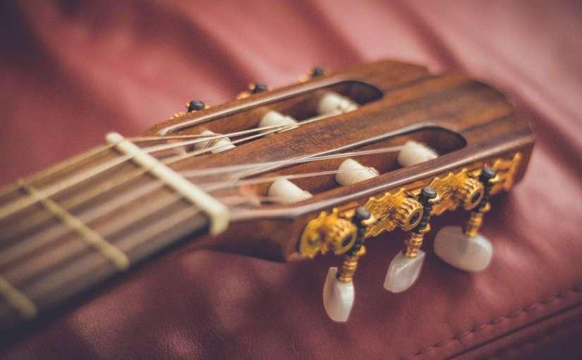 akustikgitarre-1500