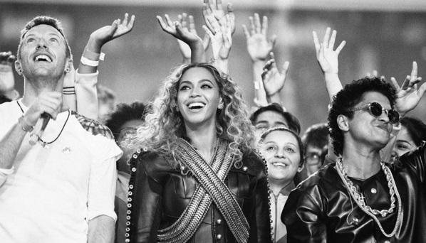 Coldplay, Bruno Mars, and Beyoncé Score During Super Bowl 50 Halftime Show [VIDEO]