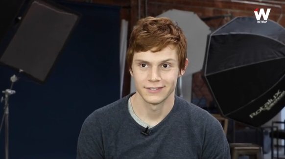 Evan peters rocks a new hair color for ahs season 6 glambergirlblog evan peters own american horror story watch actor squirm over season 6 questions m4hsunfo