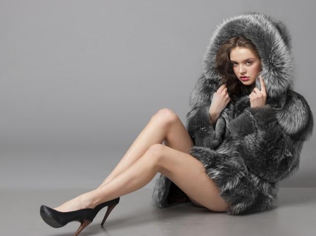 wintercoatnaked