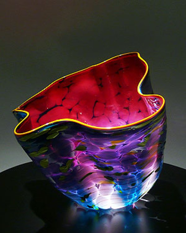 7 glass art sculptures from dale chihuly glass art. Black Bedroom Furniture Sets. Home Design Ideas