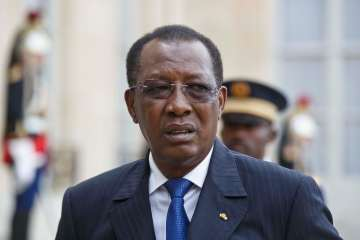Chad's President Idriss Deby, talks to the media after his meeting with France's President Francois Holland at the Elysee Palace in Paris, France, after their meeting, Thursday, May 14, 2015. (AP Photo/Michel Euler)