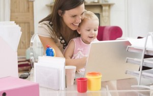 photodune-339635-mother-and-baby-in-home-office-with-laptop-m-e1387305855735