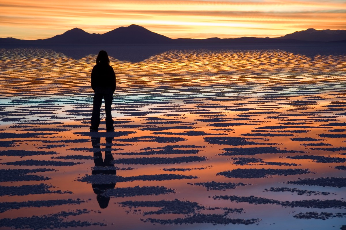 """Watching Sunset Salar de Uyuni Bolivia Luca Galuzzi 2006"" by I, Luca Galuzzi. Licensed under CC BY-SA 2.5 via Wikimedia Commons - https://commons.wikimedia.org/wiki/File:Watching_Sunset_Salar_de_Uyuni_Bolivia_Luca_Galuzzi_2006.jpg#/media/File:Watching_Sunset_Salar_de_Uyuni_Bolivia_Luca_Galuzzi_2006.jpg"