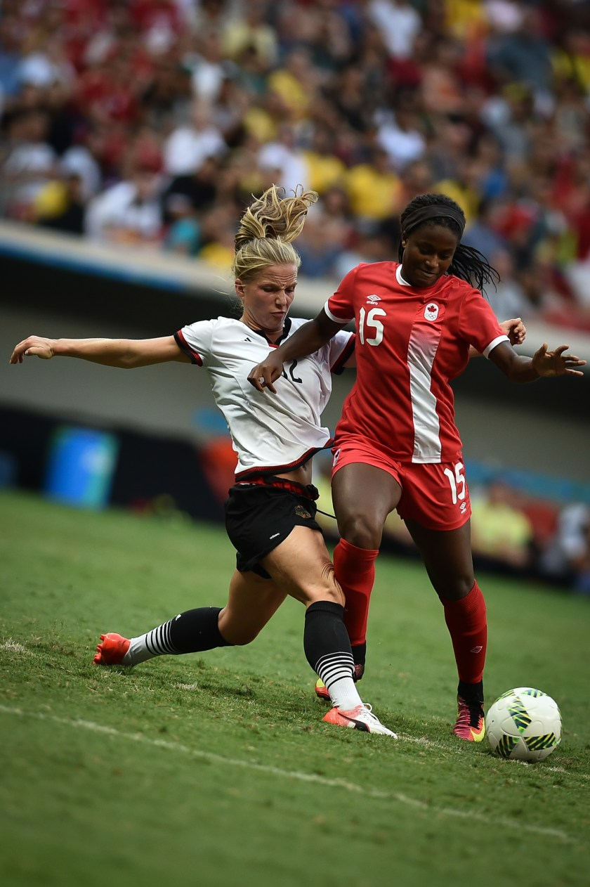 What if you could live off Victory? | Germany vs. Canada, by Agência Brasília - Alemanha x Canadá - Futebol feminino - Olimpíadas Rio 2016, CC BY 2.0, https://commons.wikimedia.org/w/index.php?curid=50584138