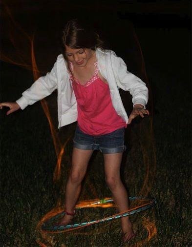 Cool-Glow-Stick-Ideas-Glow-Stick-Hula-Hoop-8