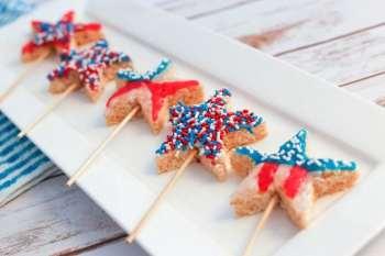 Top 5 Red, White & Blue Dessert Ideas