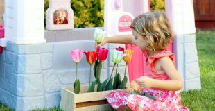 DIY Kids Felt Flower Box & Step2 Playhouse GIVEAWAY!