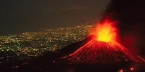 Gunung Kelud Morales Fallon