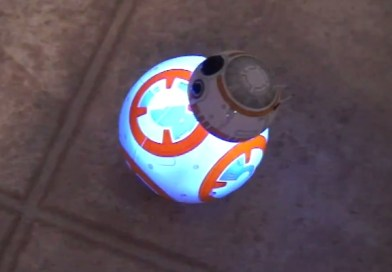 BB-8 Sphero Droid Star Wars Toy Hands On