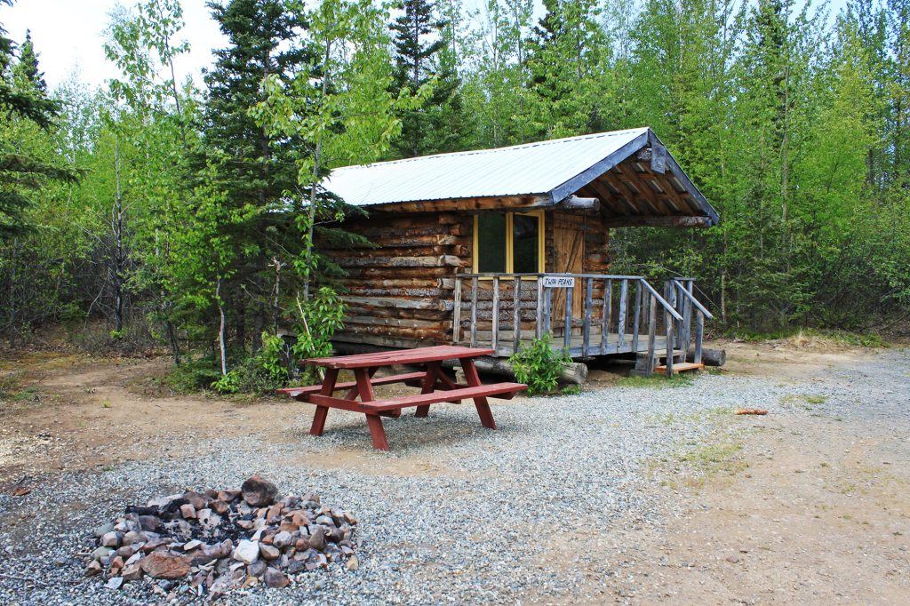 rental cabins rustic alaskan cabins rochelle 39 s ice