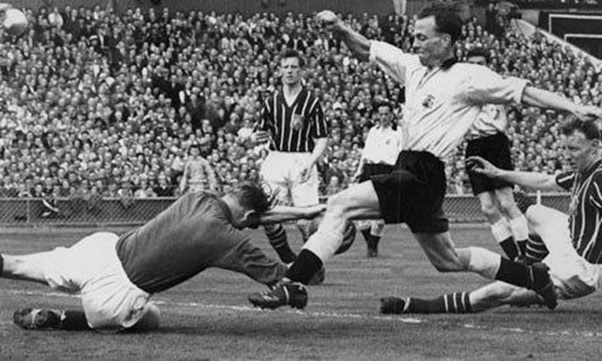 The save that could have cost Trautmann's life (Source: www.theguardian.com)