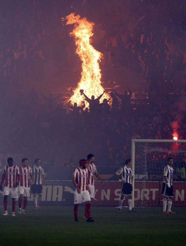 Not a very unusual atmosphere, Red Star Belgrade-Partizan Belgrade(spsnacks.com)