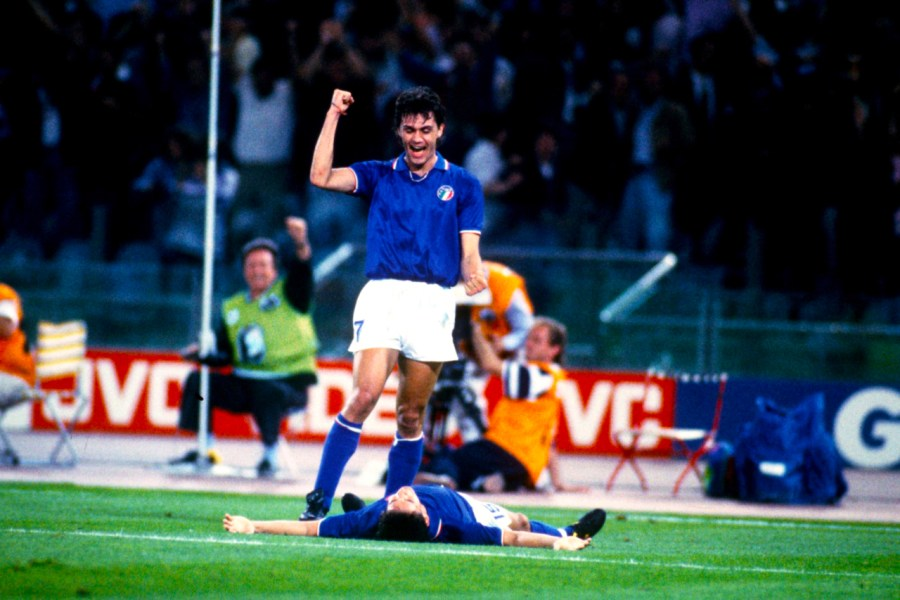 After-Baggio's-goal-against-Czechoslovakia-at-World-Cup-1990